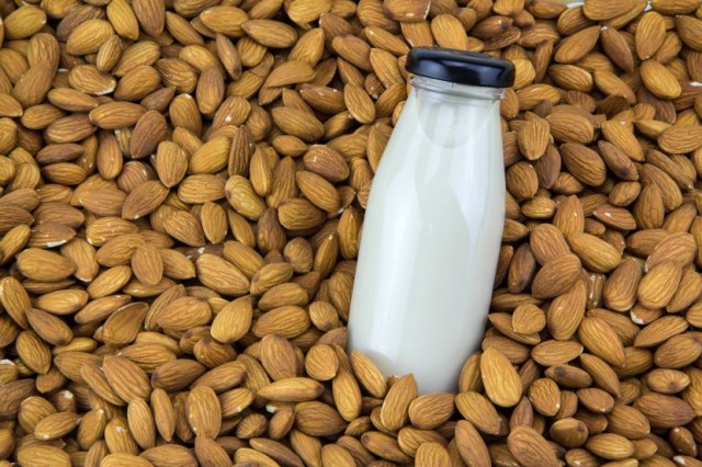 Almonds With Almond Milk