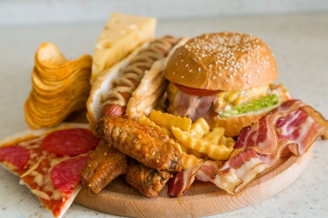 Fatty Diets Linked to Cancer and Early Death